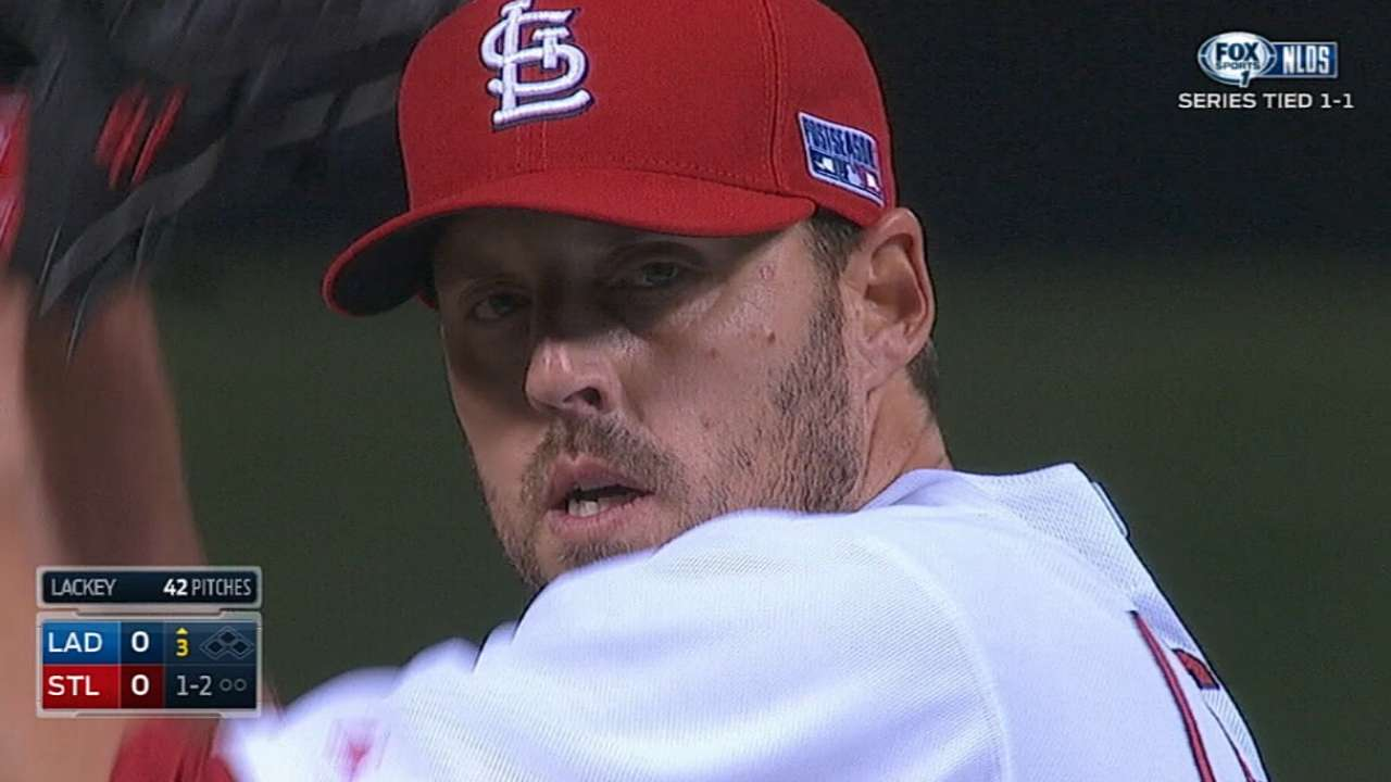 Cardinals willing to rework Lackey's reduced contract
