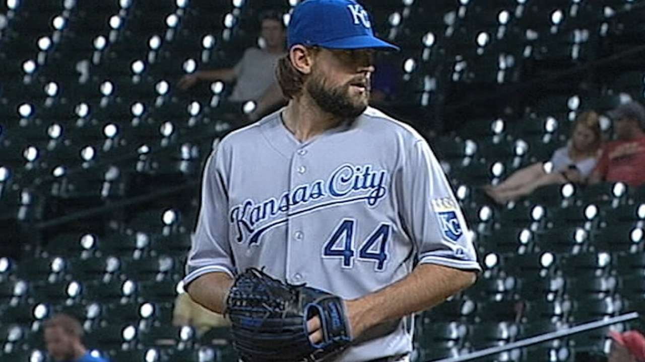 Hochevar on new Royals contract