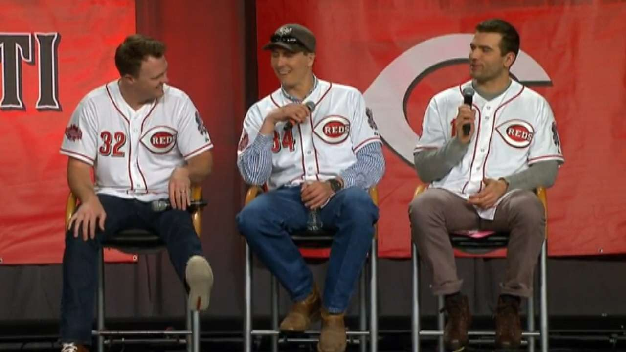 Healthy, productive Votto crucial for Reds in 2015