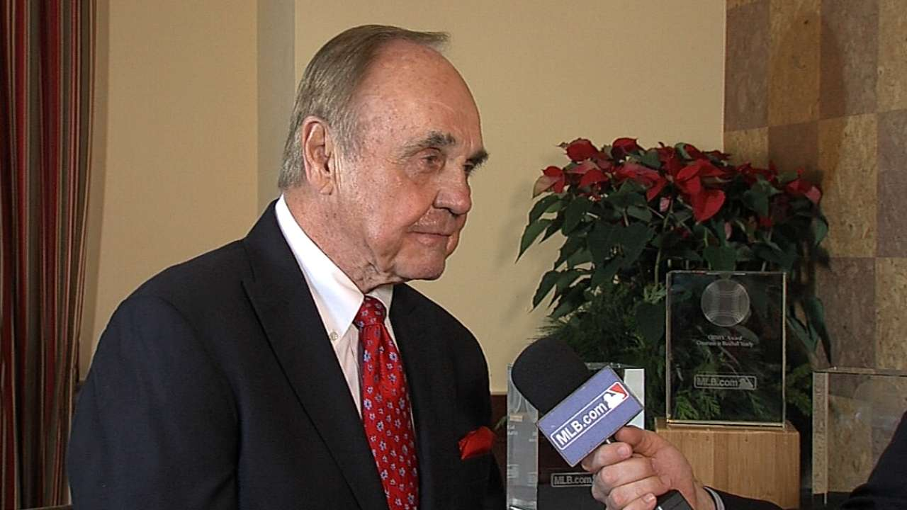 Enberg honored with GIBBY Award