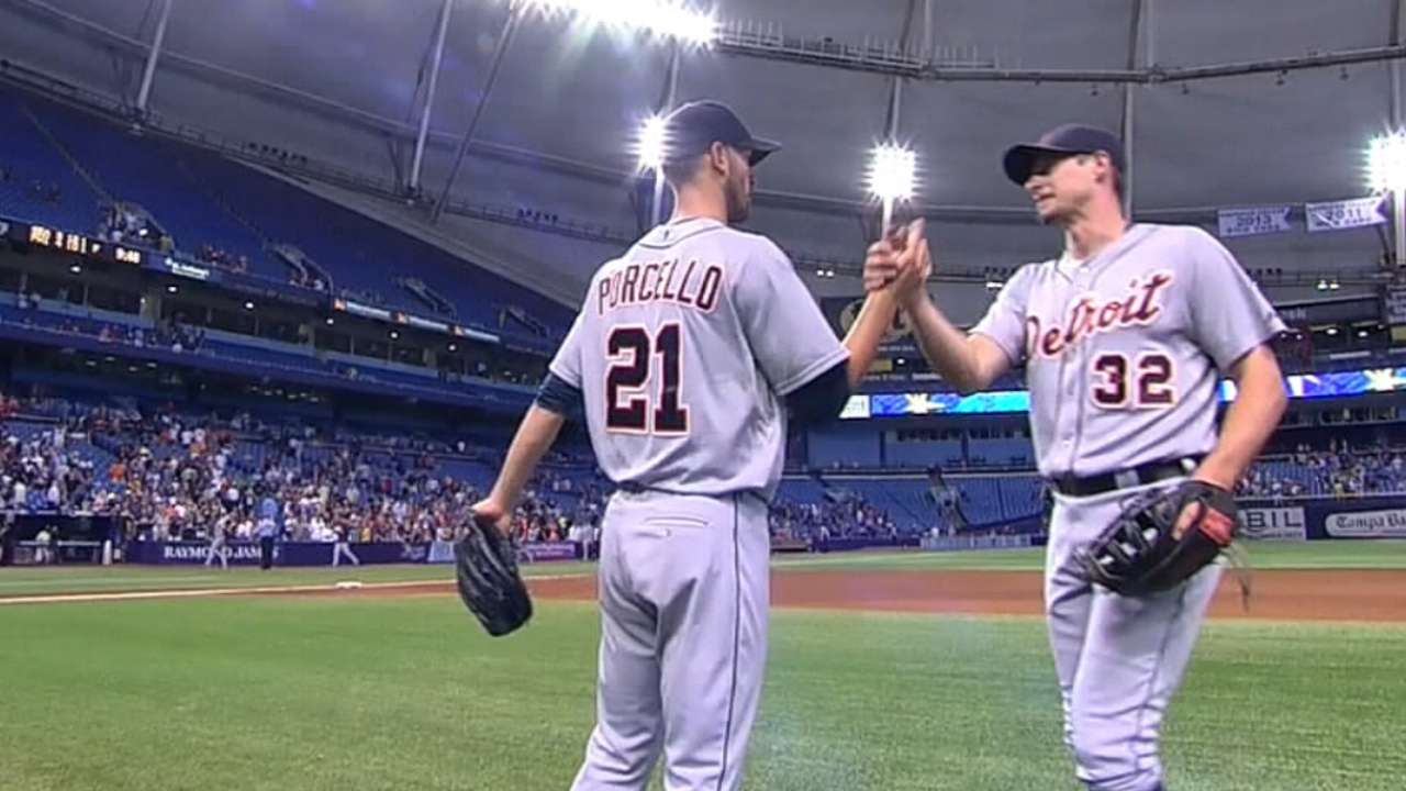 Red Sox, Tigers make big trade