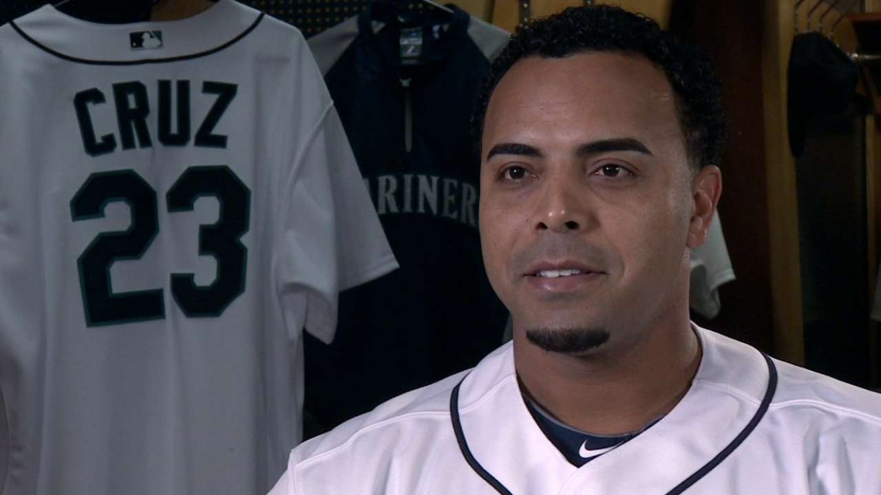 Extra Bases with Nelson Cruz