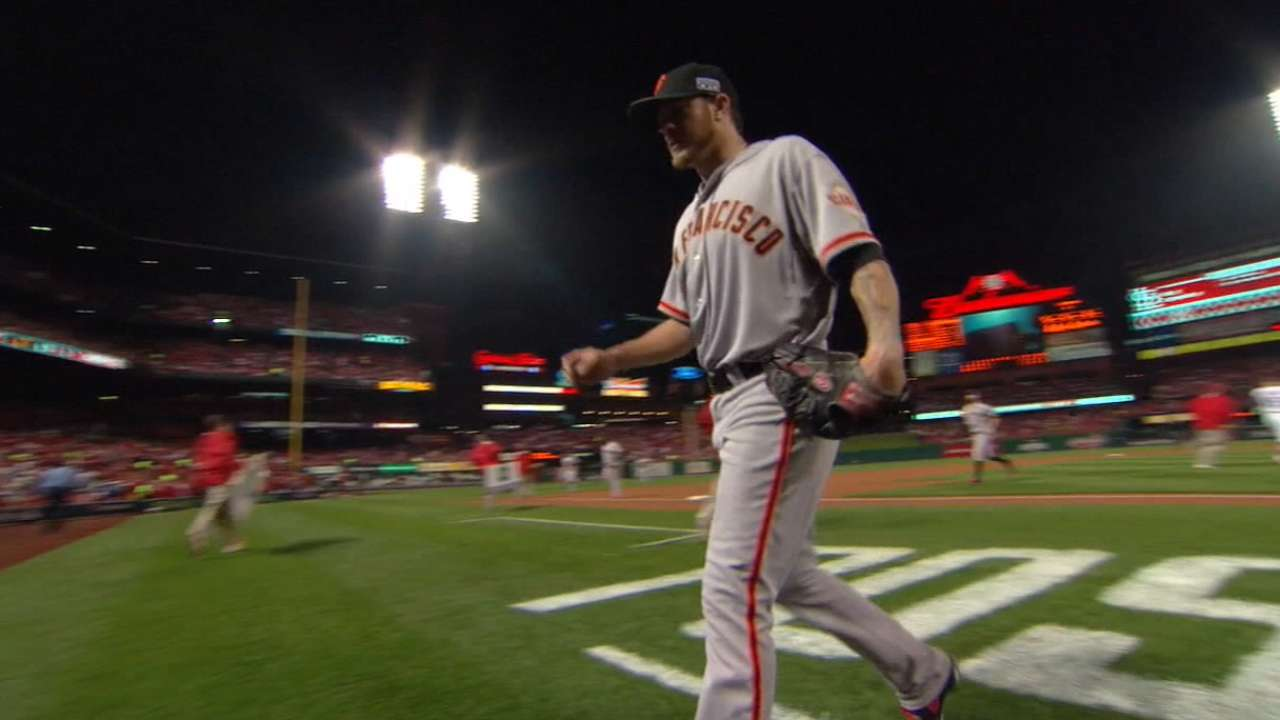 Peavy thrilled to stay with Giants on 2-year deal