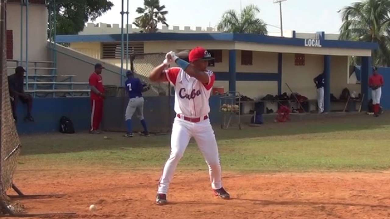 Angels see a lot to like in Cuban prospect Baldoquin