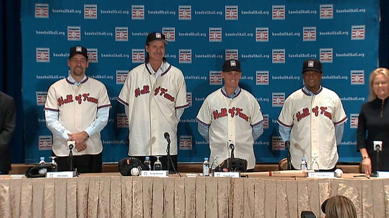 Pedro, Biggio, Smoltz select Hall of Fame caps