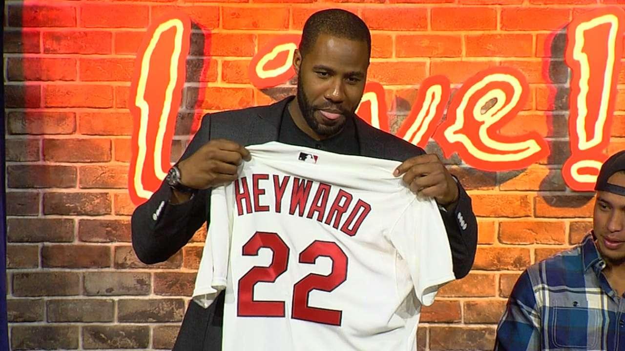 Heyward meets, greets Cards fans at Ballpark Village