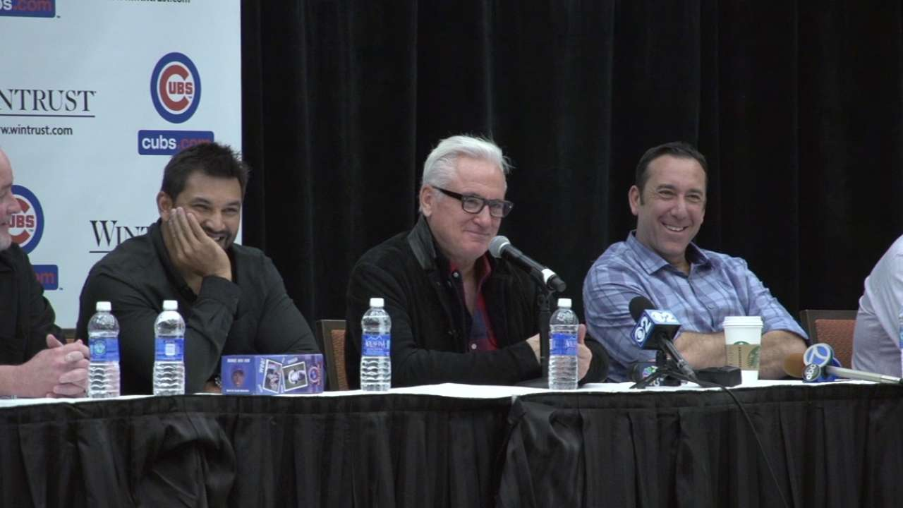 Maddon charms at Cubs Convention