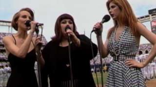 1992 ASG: Wilson Phillips performs national anthem