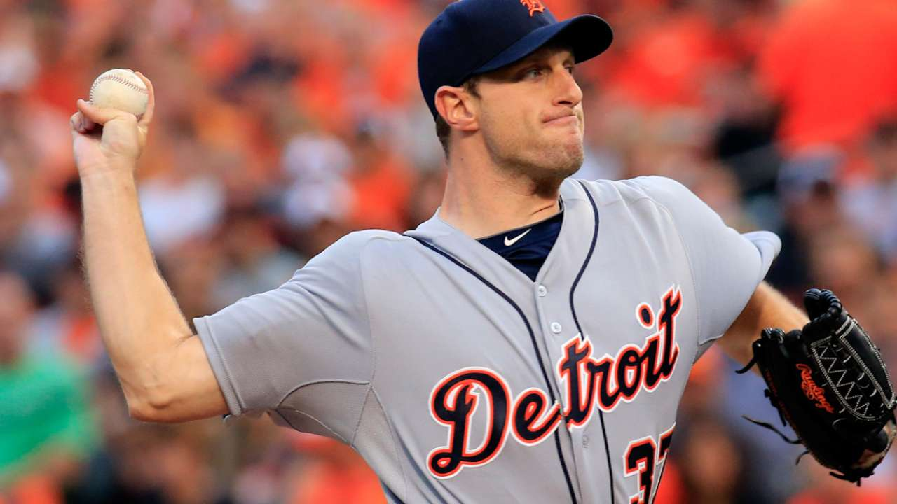 Scherzer has 7-year, $210M deal with Nats