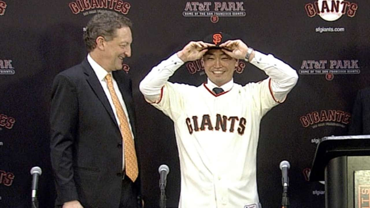 Aoki 'excited' to join defending-champion Giants