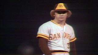 1975 ASG: Jones holds AL scoreless in the ninth