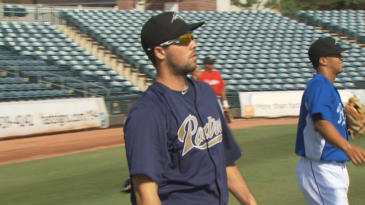 Valverde, top prospects among Padres' spring invites