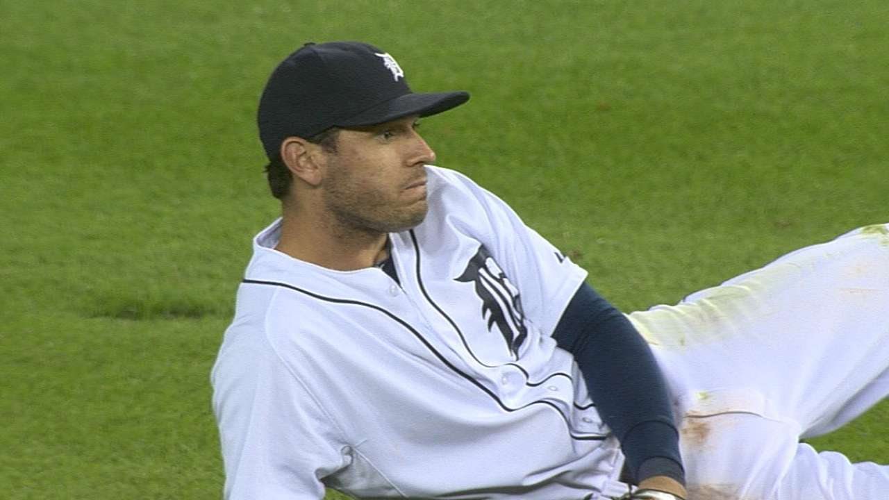 Kinsler shines as Tigers power up in slugfest loss