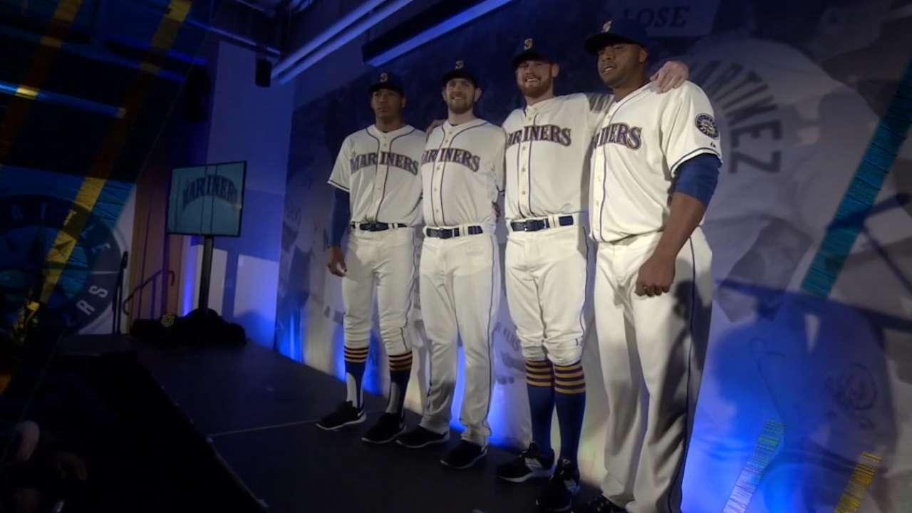 Mariners unveil new alternate uniforms