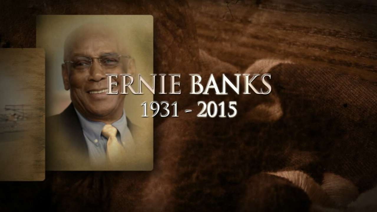 Beloved Mr. Cub, Hall of Famer Banks dies at 83