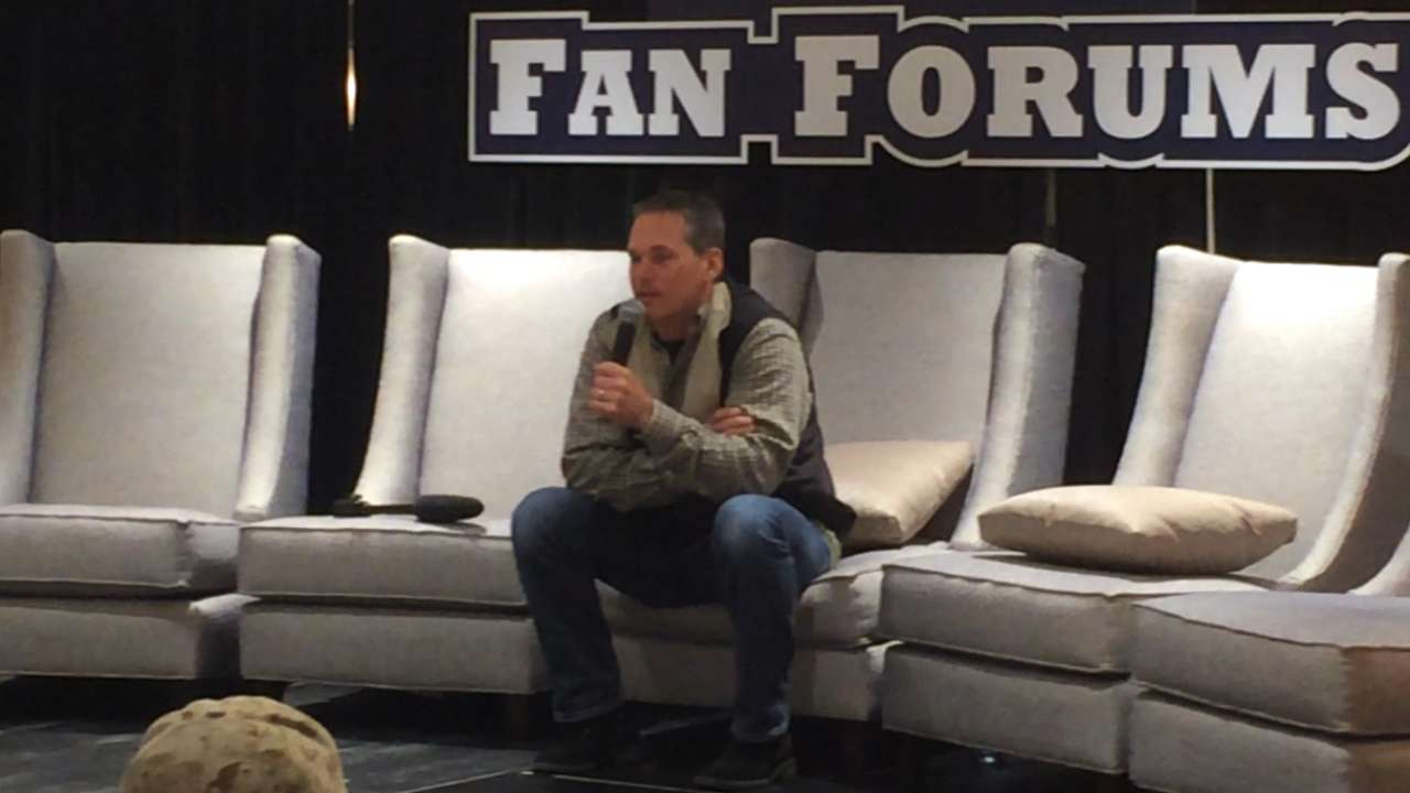 Biggio reflects on Hall of Fame career at FanFest