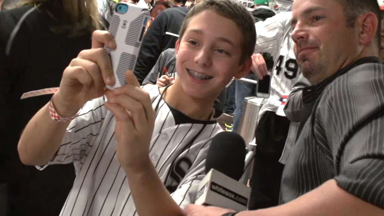 Aaron Rowand reports at SoxFest