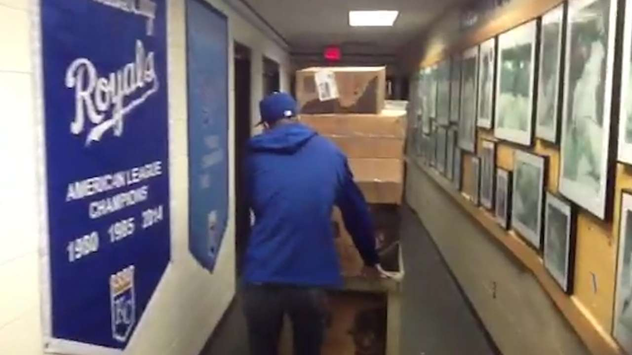 Royals truck heads to Surprise