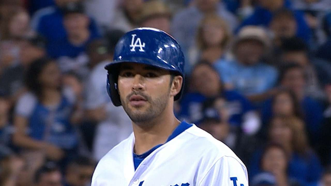 Ethier must prove his worth in crowded outfield