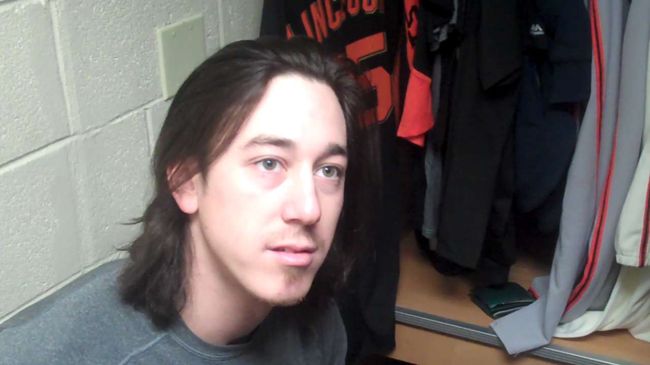 Lincecum cuts outing short with neck soreness