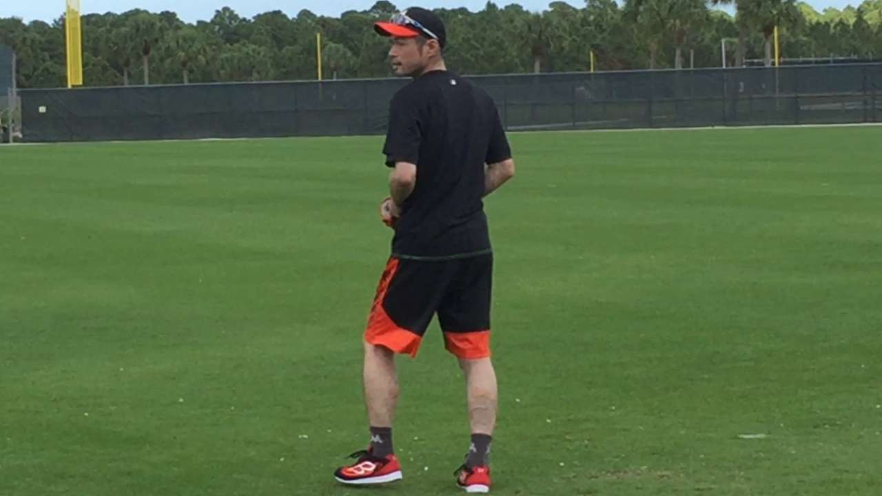 Ichiro ready to play his way into Marlins' lineup