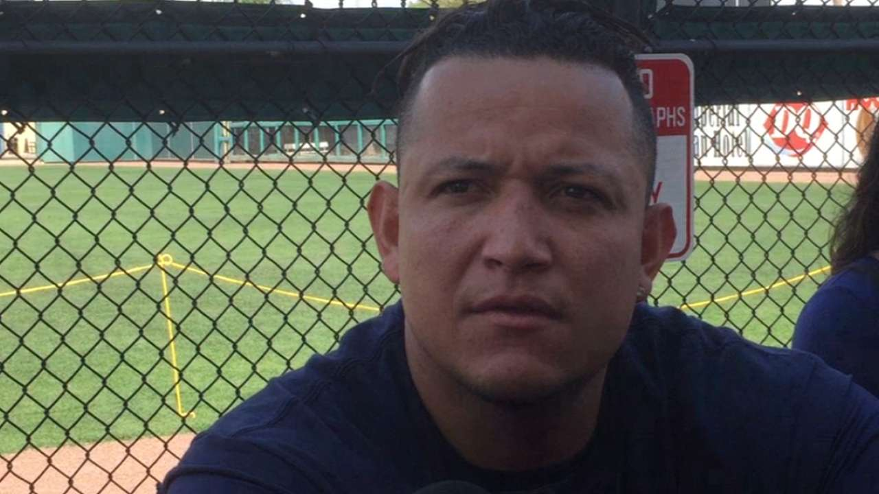 Miggy stays in good shape despite foot injury
