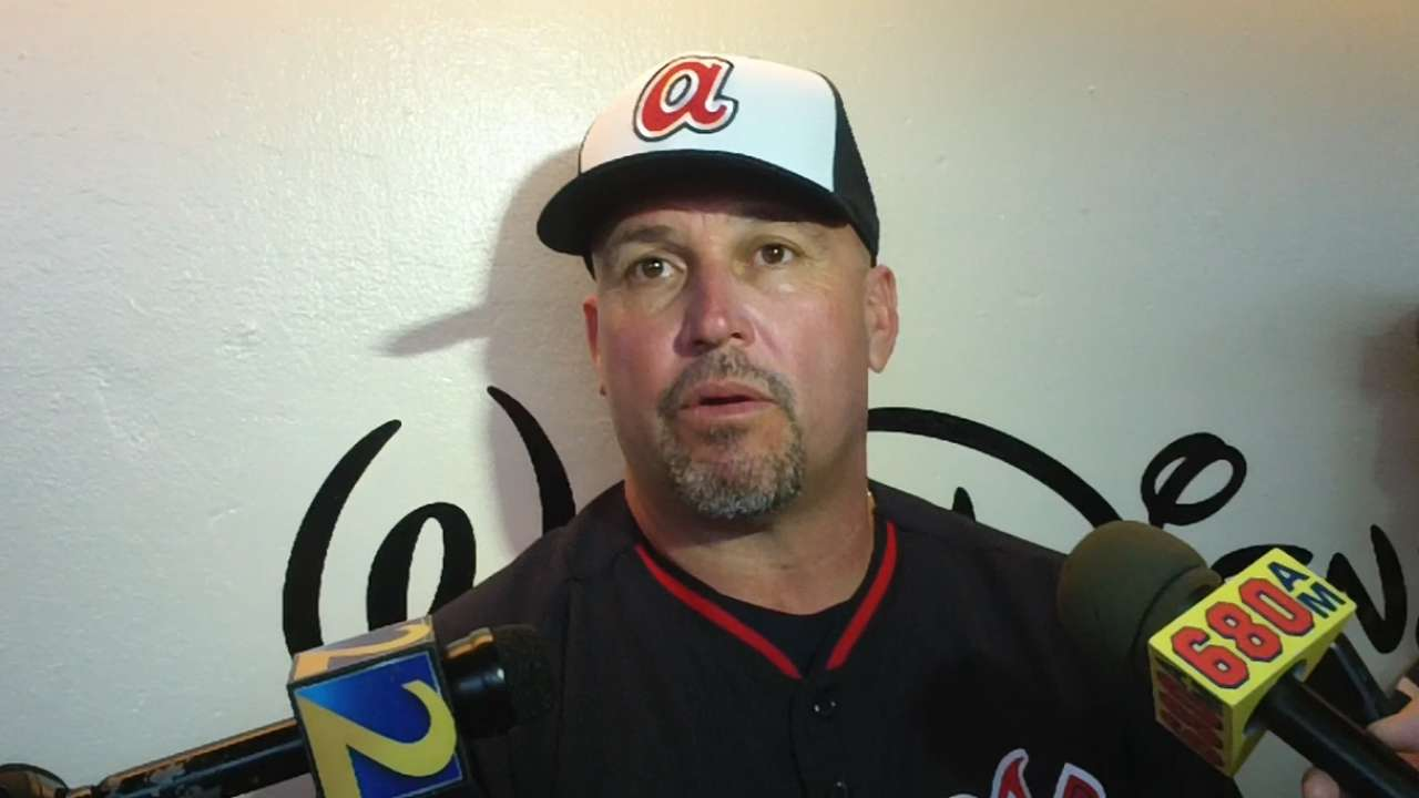 Confident Banuelos fighting for spot with Braves