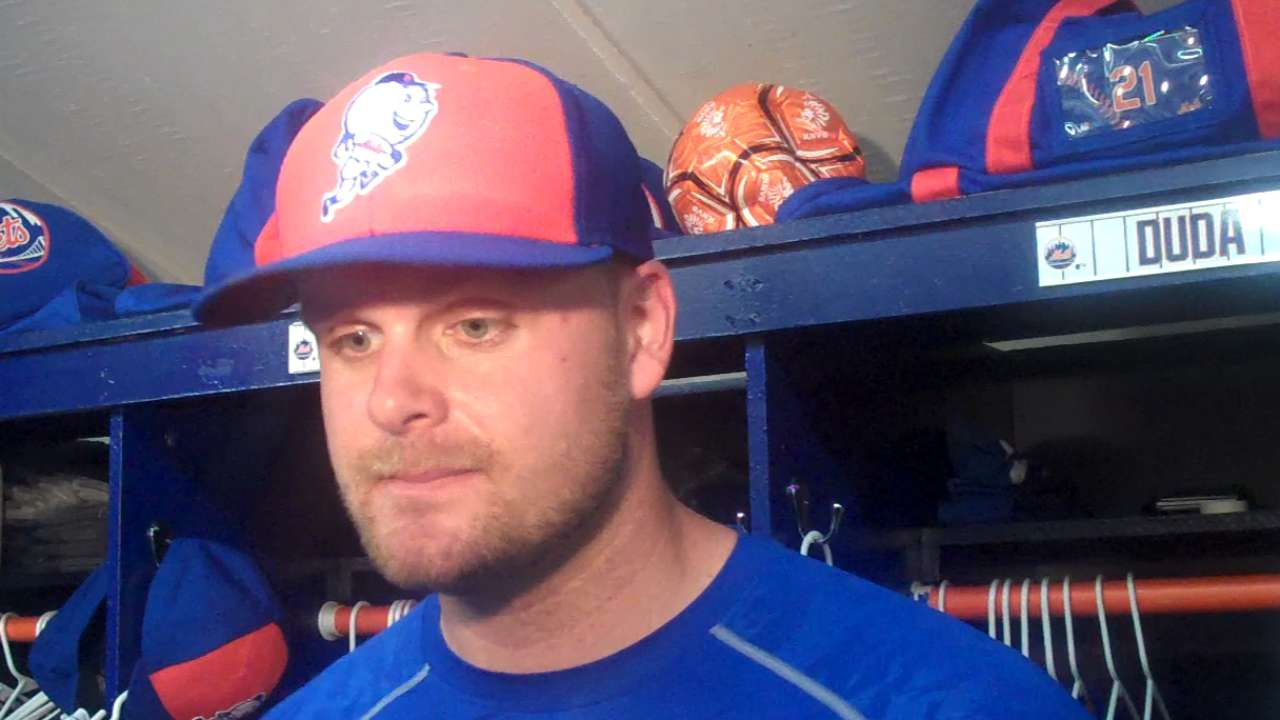 Duda to be sidelined from swinging bat for a week