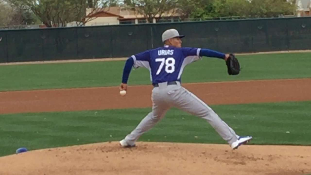 Urias reminds Kershaw of early days with Dodgers