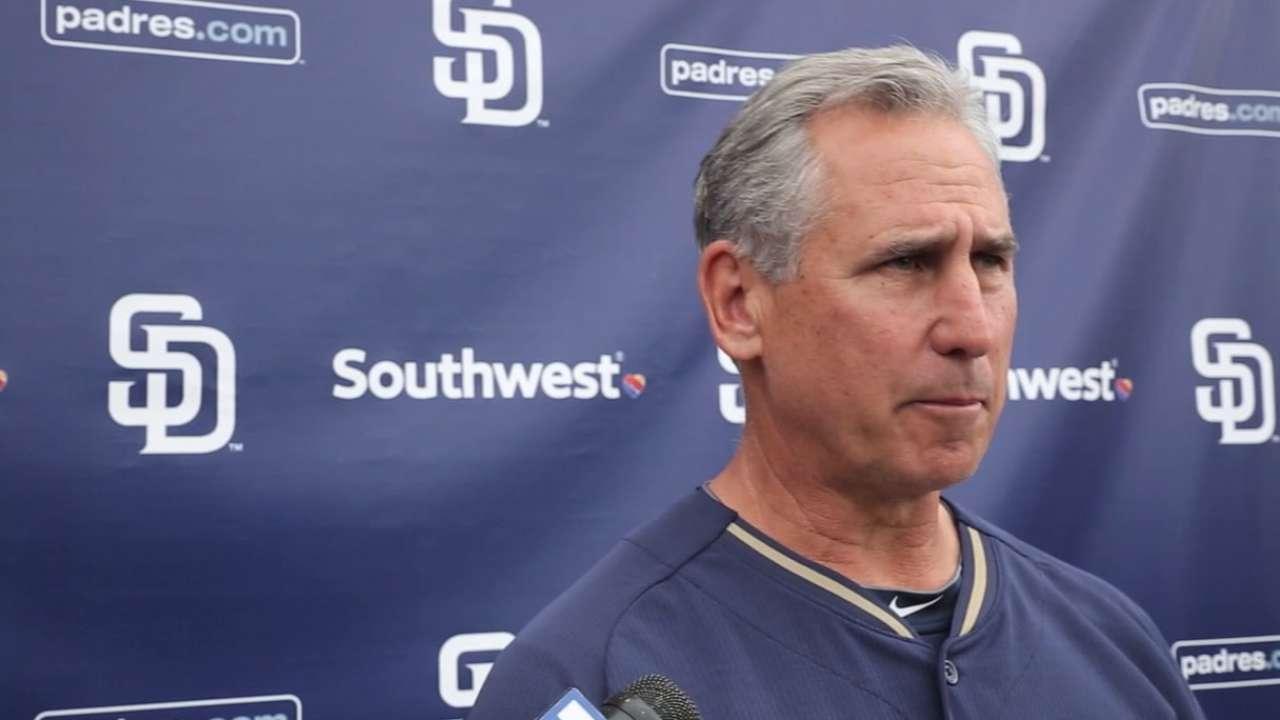 Black: Padres have options at closer beyond Benoit