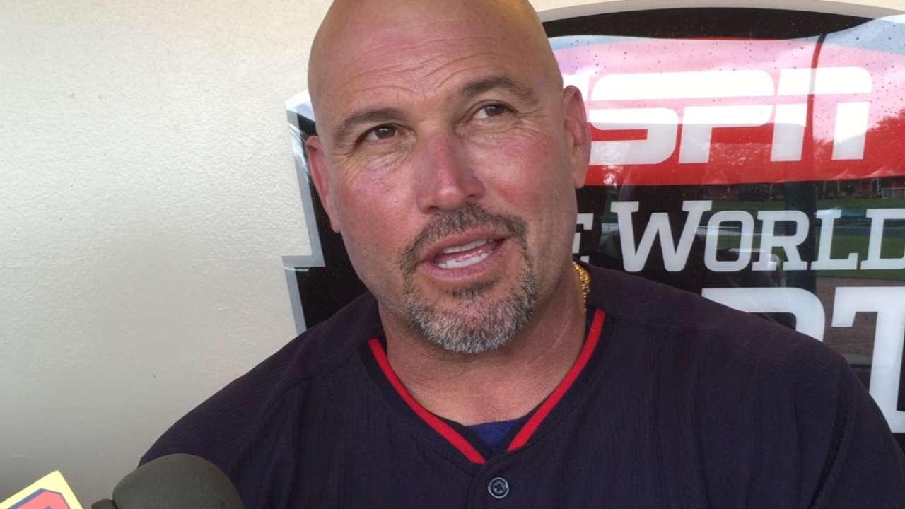 Braves to get glimpse of Peraza's versatility