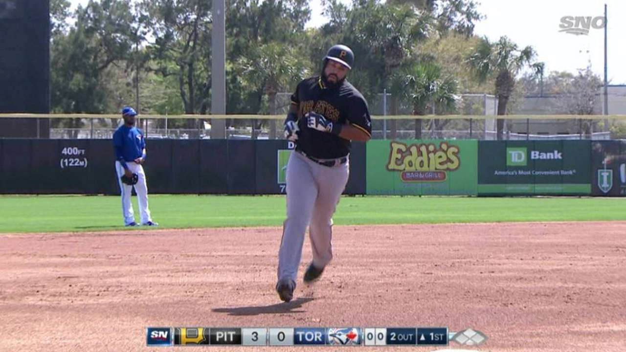 Caminero earns raves in first relief stint for Pirates