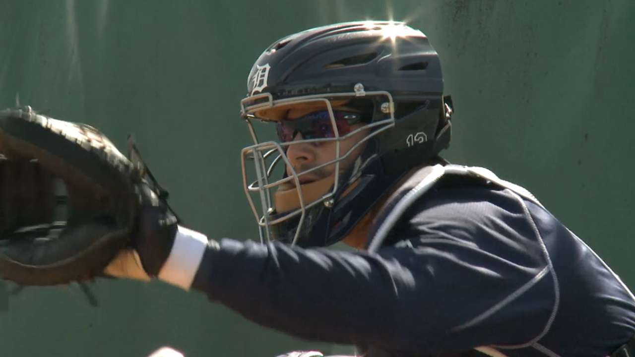 Avila exits early with lower back stiffness
