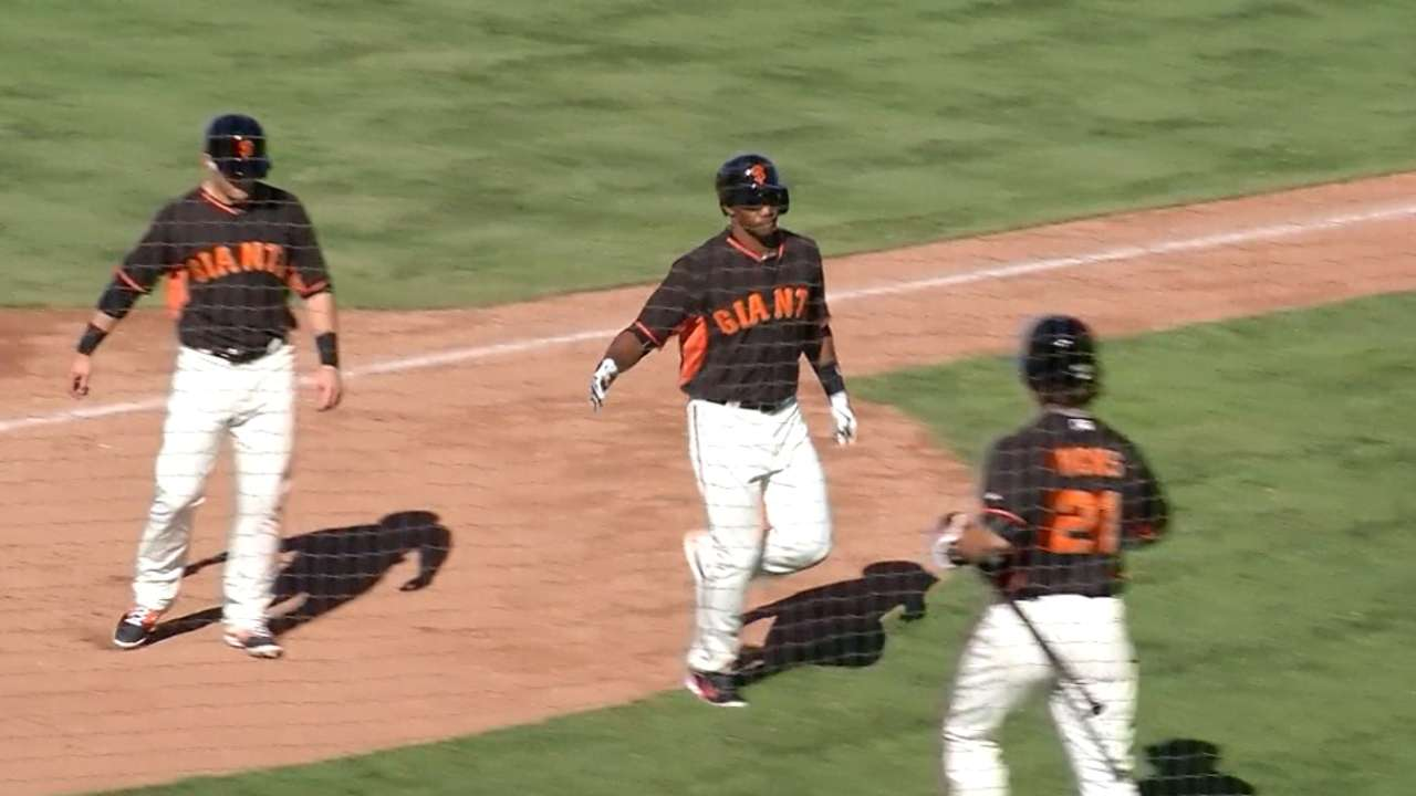 Carbonell sparks Giants rally with homer