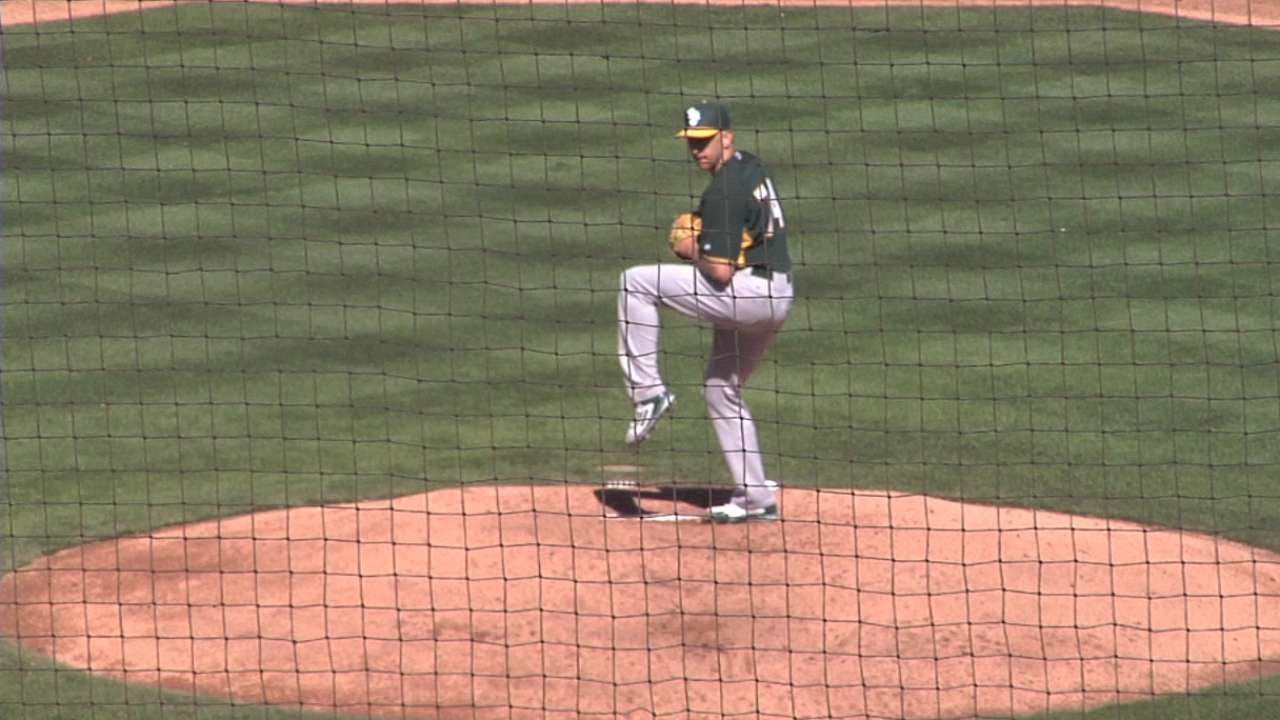 Switch-pitching Venditte continues to confound