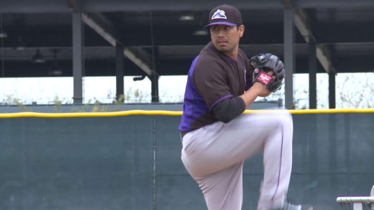 Rockies play it safe, push back De La Rosa's debut