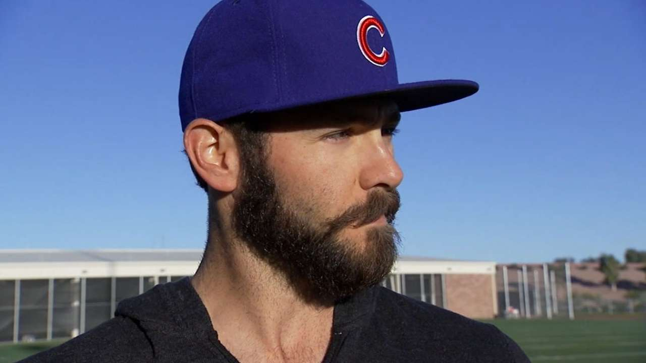 Arrieta works without changeup, pleased with 'crisp' outing