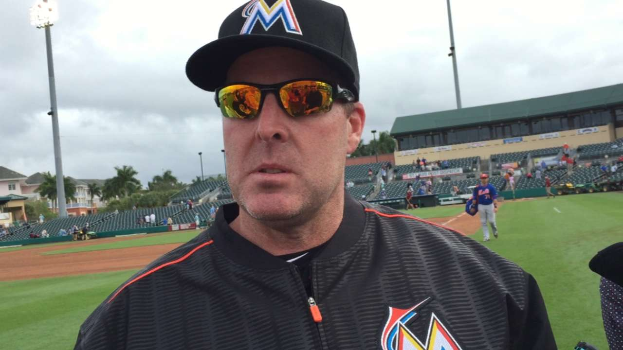 Marlins score six in seventh, hold off Mets