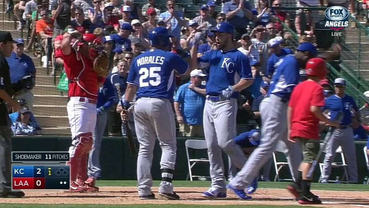 Hosmer shows power stroke before KC rallies past Halos