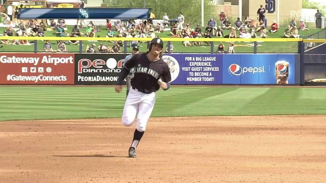 Miller brings muscle to Mariners' shortstop battle