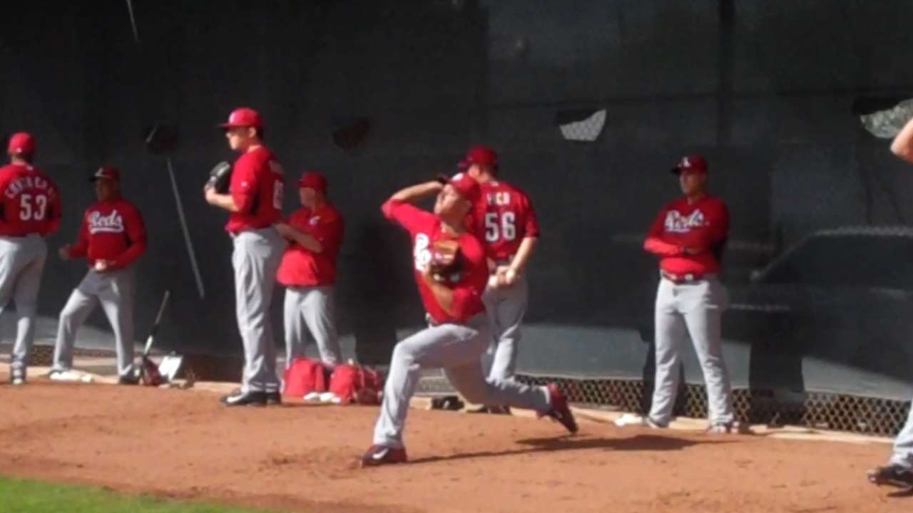 Stephenson, Winker among Reds' first camp cuts