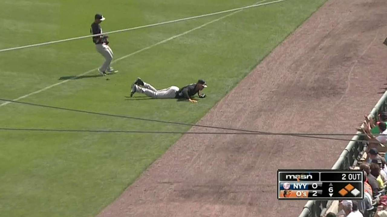 Judge's diving catch