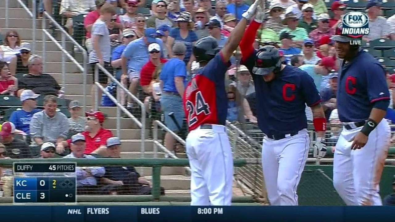 Perez's two-run homer