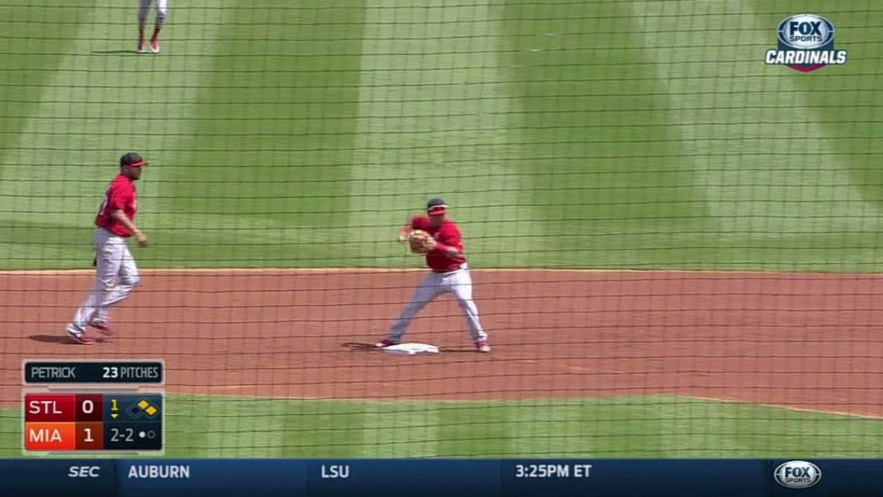 Peralta starts double play