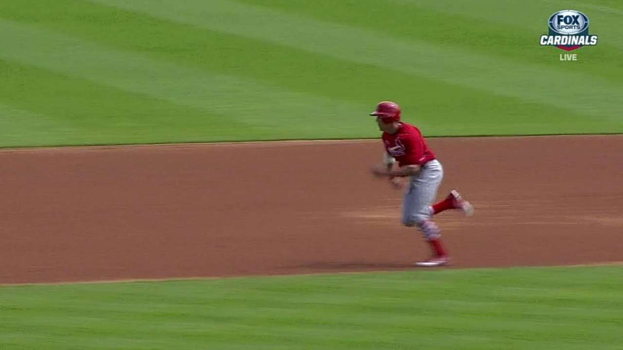 Aggressive baserunning could benefit Cards this season