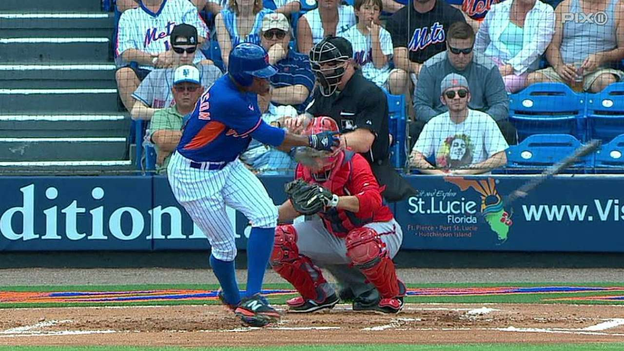 Roark, relievers serve up home runs in loss to Mets