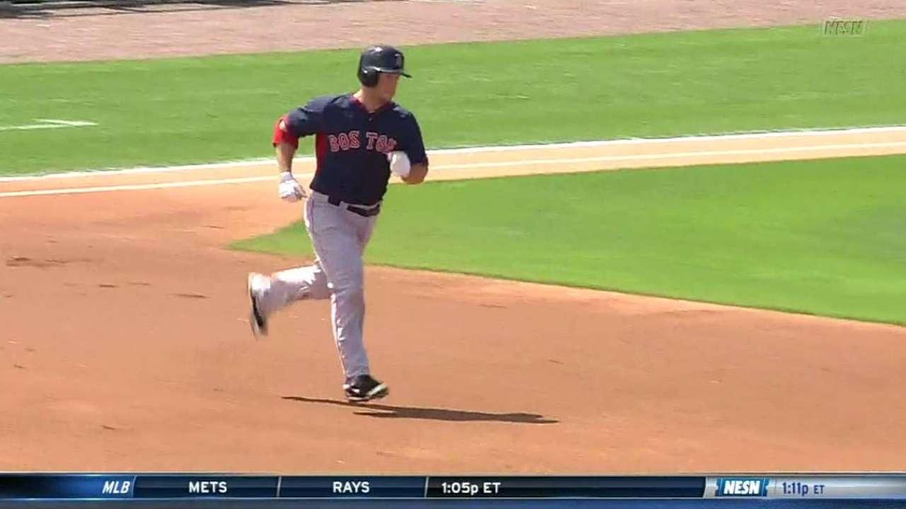 Nava's two-run homer to right