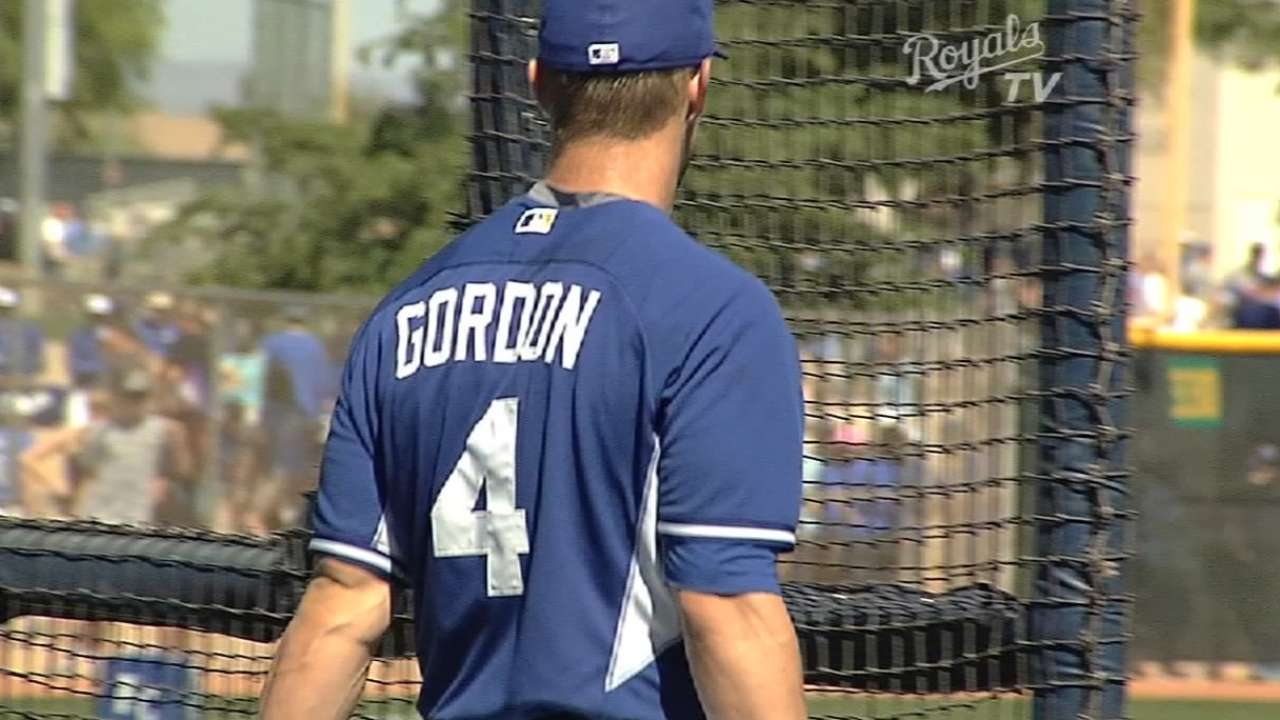 Gordon gets at-bats, plays field in Minor League game