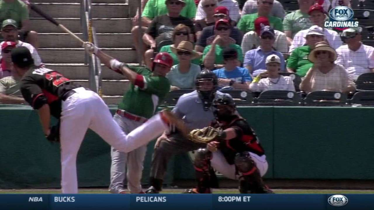 Gonzales chips in on big day for Cards' bats