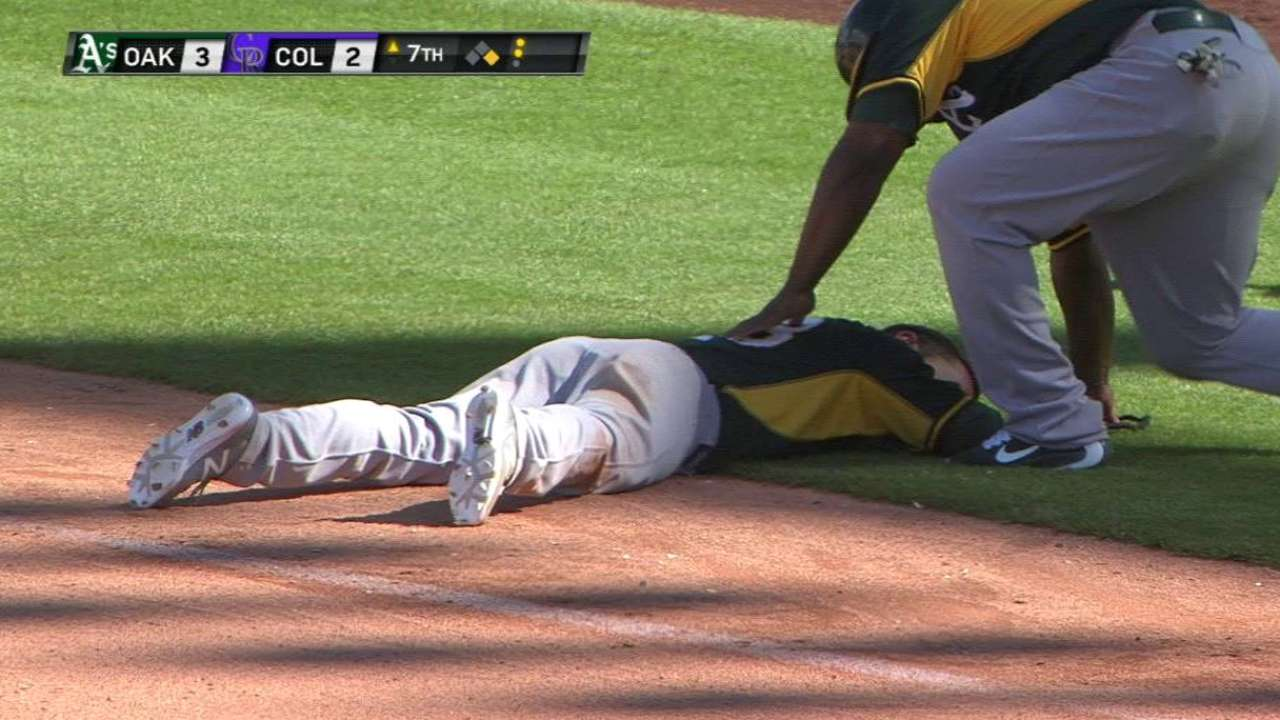 Fuld exits with injury